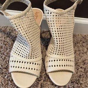 Sam Edelman open toe woven shoes size 8.5